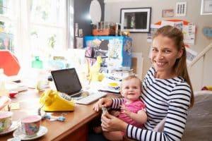 إجازة الأمومة استئناف العمل بعد إجازة الأمومة