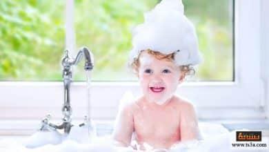 Photo of دليل الأم في استحمام الطفل أثناء مراحل عمر الطفل المختلفة