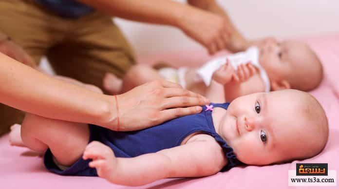 Photo of كيف يمكنك الحمل بتوأم ؟ وهل هناك مخاطر صحية من ذلك؟