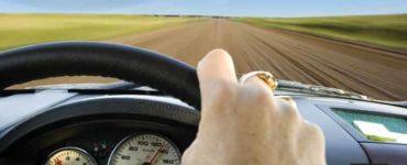 كيف تقود السيارة لمسافات طويلة وحدك