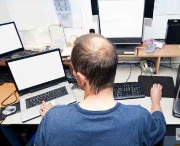 مبرمج كمبيوتر مهنة البرمجة