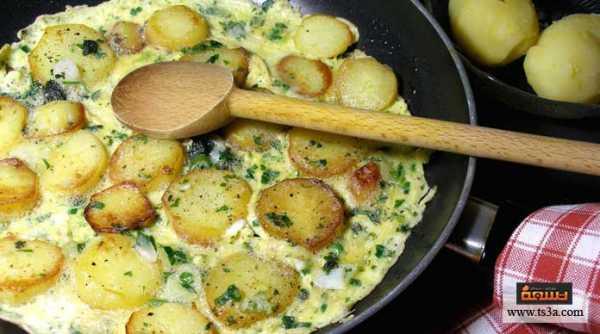 إعداد البيض مع كرات البطاطس
