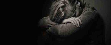 البكاء في صمت