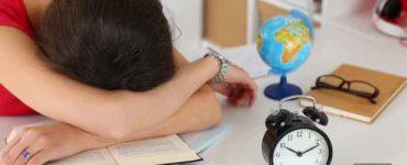 النوم أثناء الامتحانات