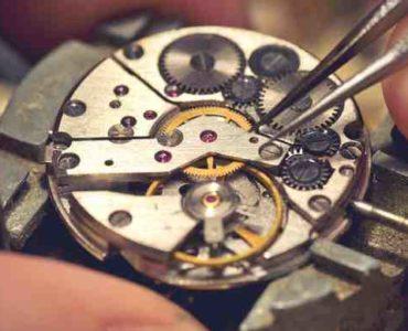 الساعات الميكانيكية