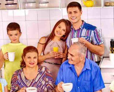 الموازنة بين العائلة والشريك