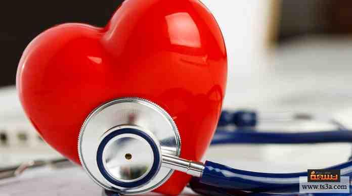 تتكون عضلة القلب من ... حجيرات مختلفة في نظامها الدقيق لضخ الدم في أعضاء الجسم.