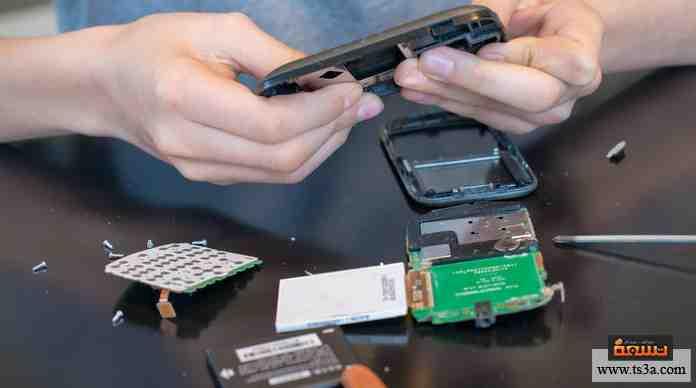 يمكنني فك جهاز إلكتروني بدون معرفة مسبقة وإعادة تركيبه مرة أخرى بسهولة.