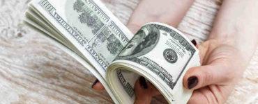 الدولار الأمريكي المزور