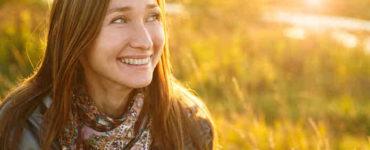 الابتسامة والضحك