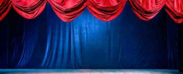 ثلاثي أضواء المسرح