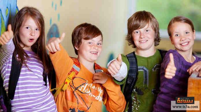 كيف تحافظ على أصدقاء المدرسة المخلصين لآخر العمر؟ • تسعة