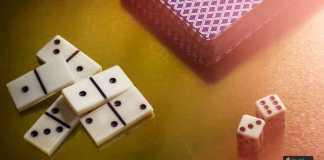 لعب الدومينو