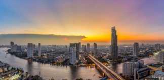 الهجرة إلى تايلاند