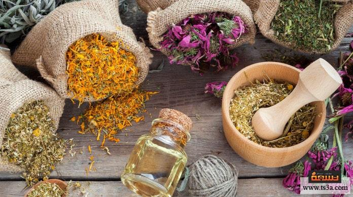 كيف تستغلي زيت شجرة الشاي لعلاج مشاكل بشرتك الدهنية تسعة