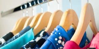 ألوان الملابس
