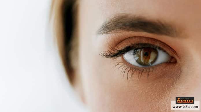 عيون لامعة