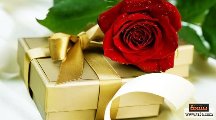 هدية رومانسية ما أهمية الهدية الرومانسية في الحياة الزوجية؟