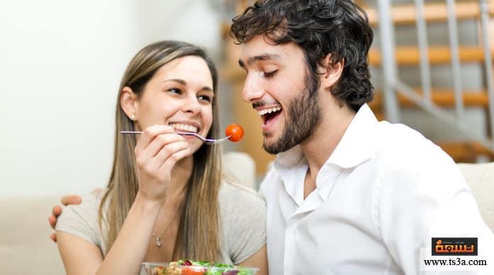 فيم يفكر الزوج فيم يفكر الزوج وهو يأكل؟