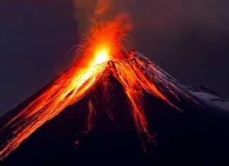 بركان يدمر العالم