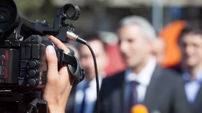 مراسل تلفزيوني وظيفة المراسل التلفزيوني