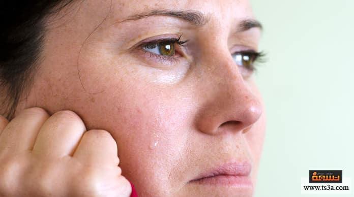 البكاء في العمل هل البكاء في العمل أمر طبيعي؟