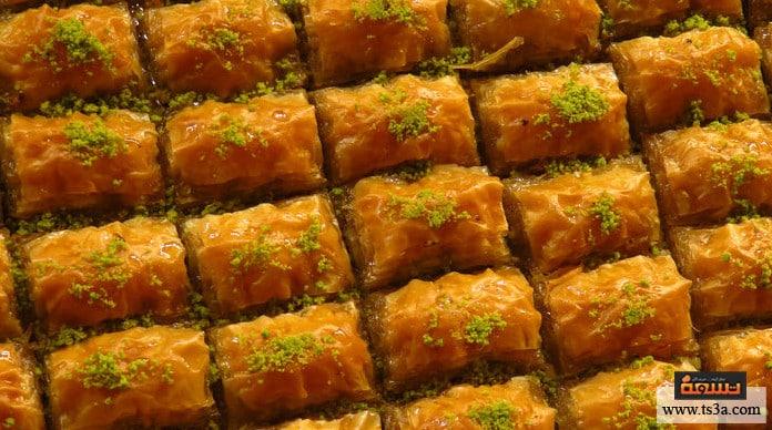 الشكلمة طريقة عمل حلوى الشكلمة بجوز الهند