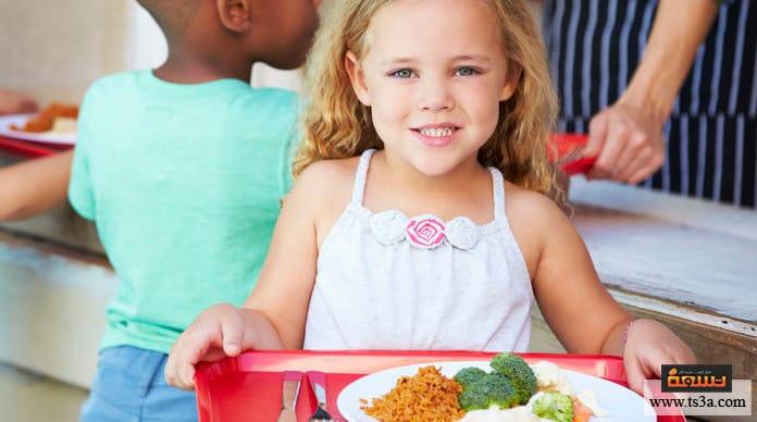 تعليم الطفل بالأفعال كيفية تعليم الطفل بالأفعال
