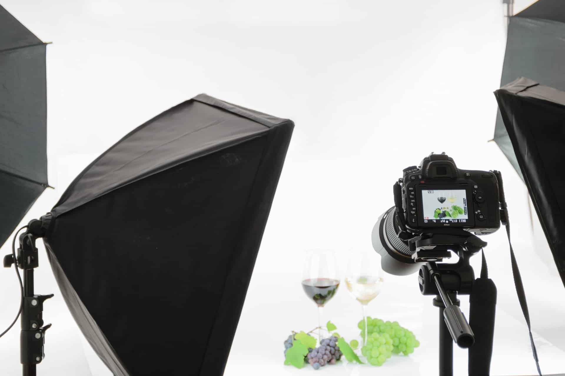 كيف تخطو أولى خطواتك في مجال تصوير المنتجات تسعة