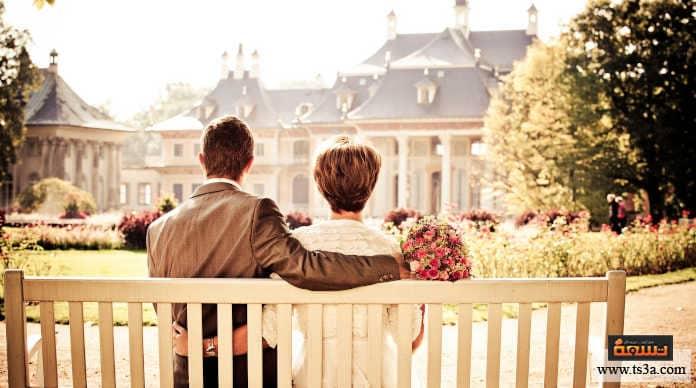 علامات الإخلاص في الحب يأخذ أخطائه على محمل الجد